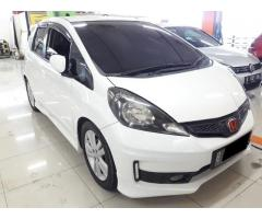 Honda Jazz RS at 1.5cc 1.5 2011