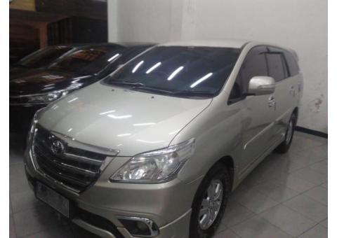 Innova G Luxury 2012