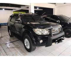 Fortuner G luxury 2.7 bensin tahun 2010 metic