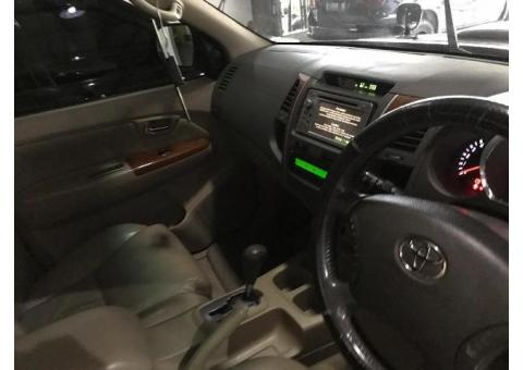 Fortuner G luxury 2.7 bensin tahun 2010 metic