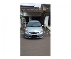 Toyota yaris type e manual thn 2011 silver ors