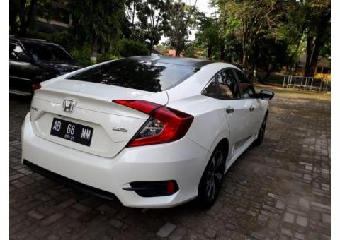 Honda Civic Turbo 2016