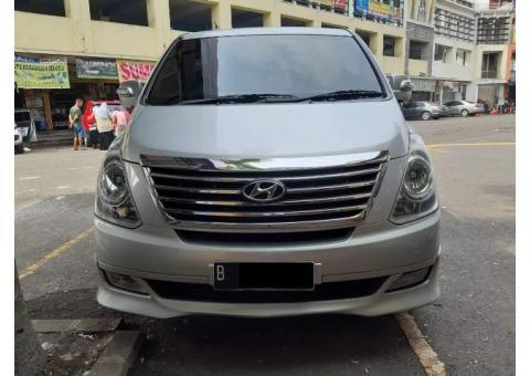 Hyundai H1 Th 2011 AT Silver Metalik