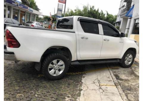 Toyota Hilux Double Cabin 4x4 G 2017  Warnah Putih