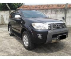 Toyota Fortuner G DieseL Luxury AT Th2010 Hitam Metalik ISTIMEWA TERAWAT!