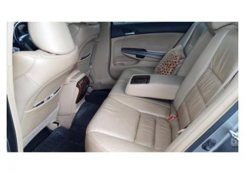 Dijual Honda Accord VTiL 2.4 AT 2008 - Pribadi