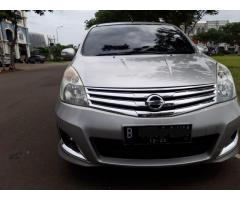 Dijual grand livina HWS 2013 AT km 71rbuan
