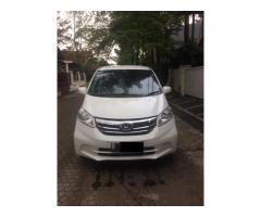 Honda freed SD AT th 2014 putih mutiara