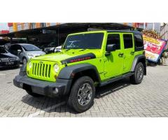 Jeep rubicon 4 door 2013 green gecko