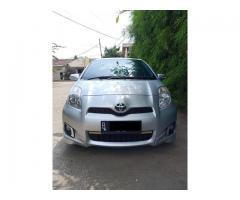 Toyota Yaris E Th 2012 Manual Abu-Abu Metalik