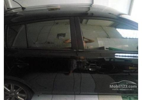 2014 Toyota Yaris 1.5 G Hatchback KM 6027