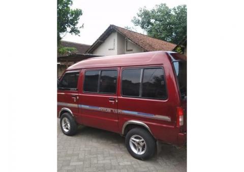 Mobil carry adi putro