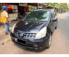 Jual Mobil Nissan Grand Livina XV/AT tahun 2010