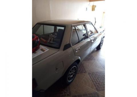 Sedan toyota Corolla dx 1.3 tahun 1981