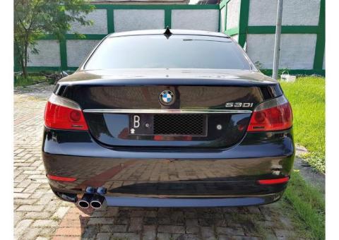 BMW 530i E60 Th2006/05 Warna Briliant Black