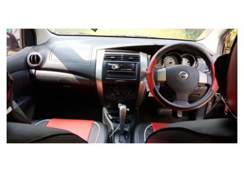 Nissan Grand Livina XV th2013