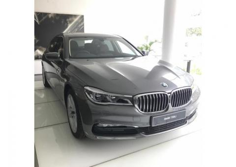 Mobil BMW 7 Series 730 Li Luxury 2018
