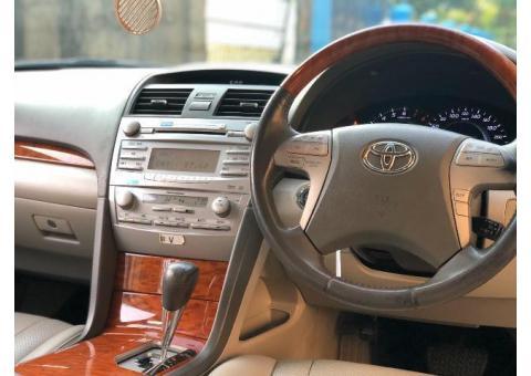Toyota Camry 2.4V 2010 Original mewah Irit Perawatan Mudah