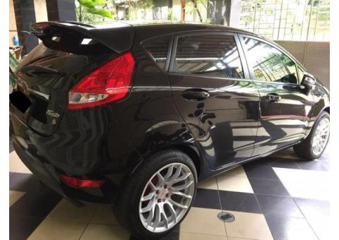 Dijual 2012 Ford Fiesta
