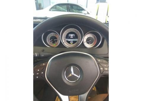 Mercedes-Benz C200 AVG 2013 White Istimewa
