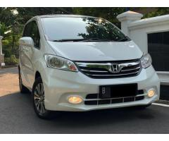 Honda Freed 1.5 E PSD 2013 Double Blower Low Km