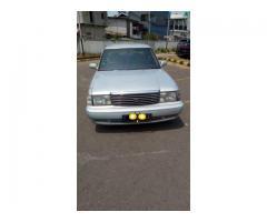 Jual mobil bekas murah berkelas toyota crown 2.0 super sallon 1993
