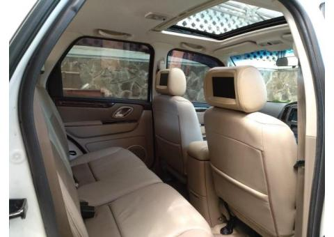 Ford Escape pemakaian 2013 (nik 2012) tipe tertinggi Limited