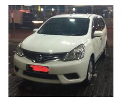 Nissan Grand Livina Putih SV Manual 2014