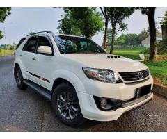 Toyota fortuner th 2014 TRD diesel 2.5 metic tangan 1