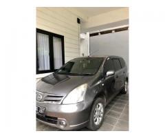 Nissan Grand Livina SV A/T 2013