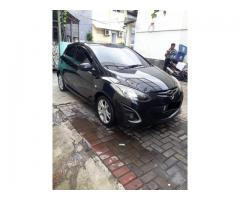 Mazda 2 tipe R 1.5 matic resfonsif th 2010 bpkb 2011 hitam met