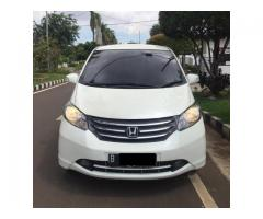 FREED PSD thn 2012 Putih Good Condition