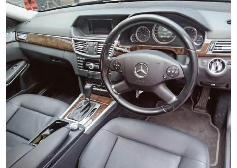 Mercedes Benz E200 Th 2011 km65rb