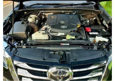 Di jual mobil Toyota Fortuner tahun 2017 kondisi sangat baik