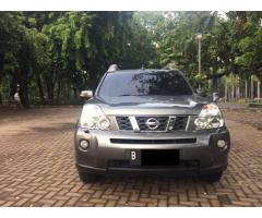 Nissan X- Trail 2.5 XT matic 2009/08 New Model warna Abu metalik