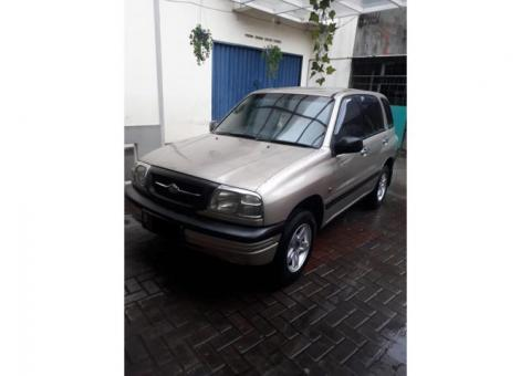 Suzuki escudo 1.6 manual th 2003 coklat metalik
