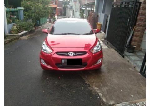 Hyundai Grand Avega GL 1.4L 2012 manual warna merah