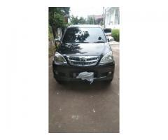 Toyota Avanza G manual 2011 hitam met ors