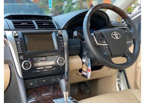 Toyota camry 2.5 HYBRID Tahun 2013