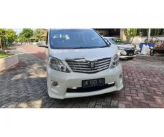 Alphard Build Up 2010