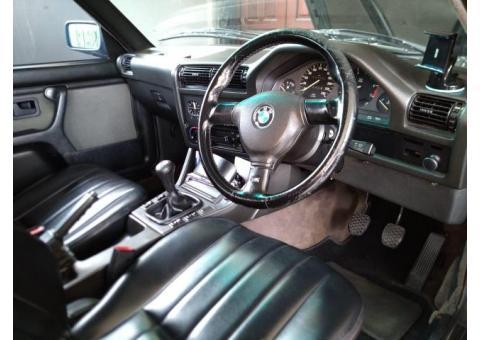 BMW E30 M40