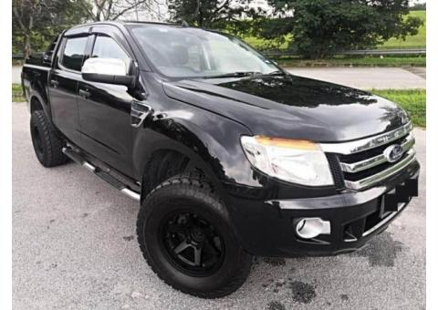 mobil Ford Ranger XLT 2012