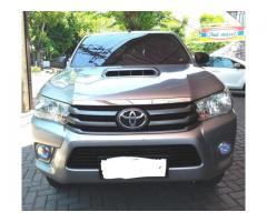 Toyota Hilux tahun 2015