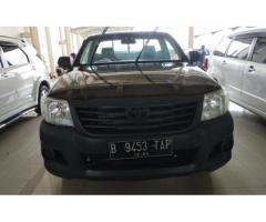 Toyota Hilux 2.0 MT 2014