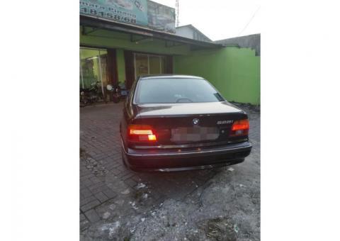 BMW 528i E39 1997 Istimewa