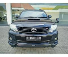 FORTUNER TRD Sportivo VNT Turbo AT 2014 HITAM