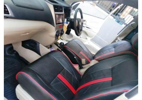 Daihatsu Xenia R sporty 1.3 2015 Metic warna Putih tangan 1