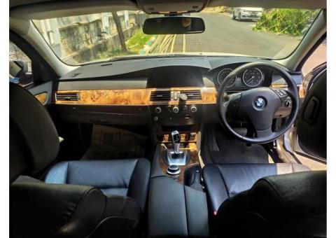 BMW 523i E60 2009 spt baru accord c200 Camry 2011 Innova 2012 crv 2010