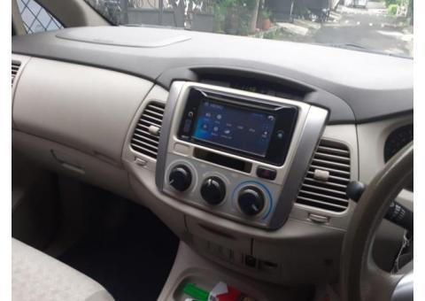 Toyota Innova G 2.0 2014 metic warna Silver tangan 1