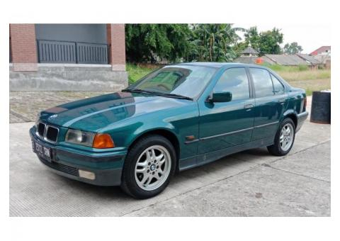 BMW 320i Manual Tahun 1995 Full Orisinil Tangan 1
